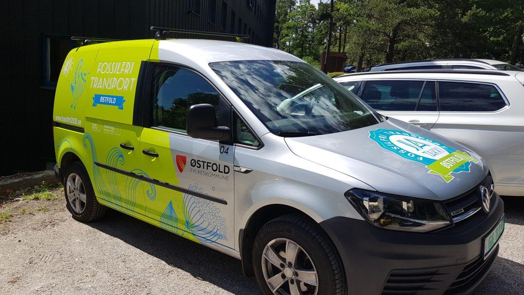 FOSSILFRI: Alle kommunale og fylkeskommunale kjøretøy skal være fossilfrie innen 2030. Her ser man en varebil på biogass.
