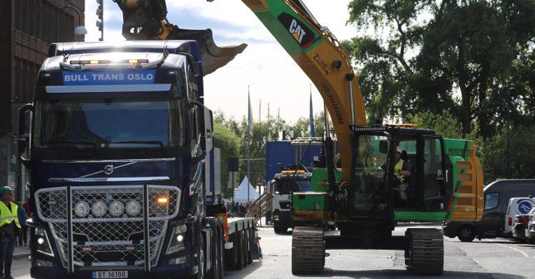 Leverte fossilfrie maskiner til Norges første utslippsfrie anleggsplass